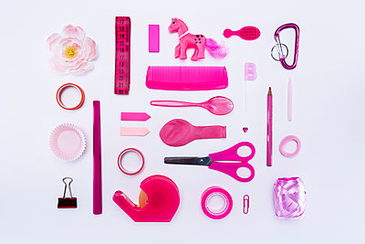 Collection of pink objects - p1149m1590488 by Yvonne Röder