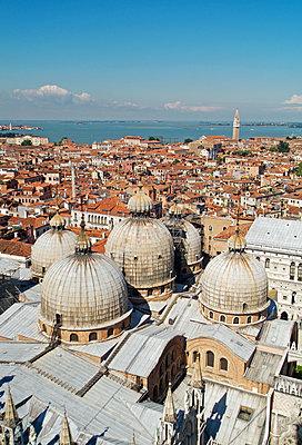 Venedig - p338m1185531 von Marion Beckhäuser