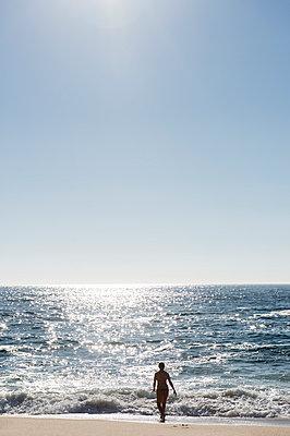 Schwimmen - p949m951718 von Frauke Schumann