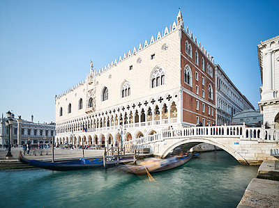 Bridge of Sighs at Doge's Palace - p1312m2082218 by Axel Killian
