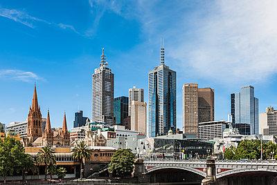 Melbourne - p1535m2124709 by Milan Istvan