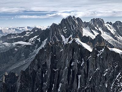 Mont Blanc - p918m1087330 by Dirk Fellenberg
