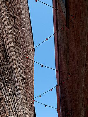 Lichterkette - p240m1207240 von Valerie Wagner