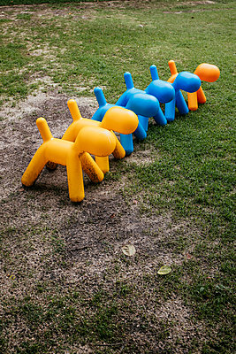 Thailand,  Designer plastic dogs - p728m2217726 by Peter Nitsch