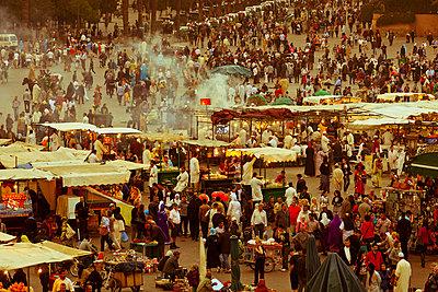 Markt in Marrakesch - p3930145 von Manuel Krug