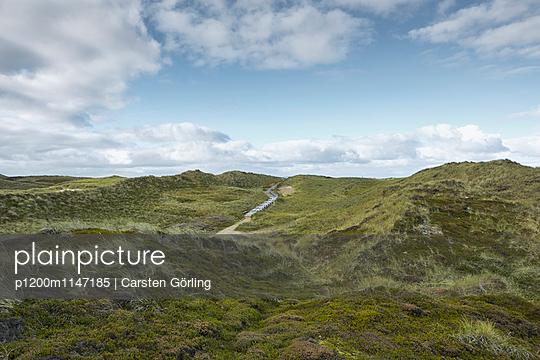 Dünenlandschaft auf Sylt - p1200m1147185 von Carsten Görling