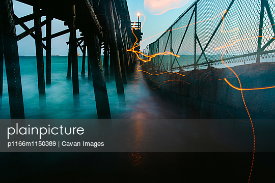 p1166m1150389 von Cavan Images