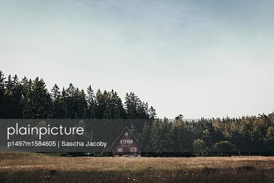 Holzhaus im Schwarzwald - p1497m1584605 von Sascha Jacoby