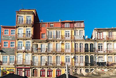 Portugal, Porto, Ribeira, Historic houses - p1332m2197123 by Tamboly