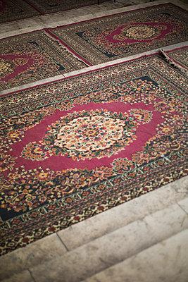 Perserteppich in einer Moschee in Kairo - p1325m1333059 von Antje Solveig