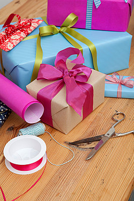 Presents - p4410600 by Maria Dorner