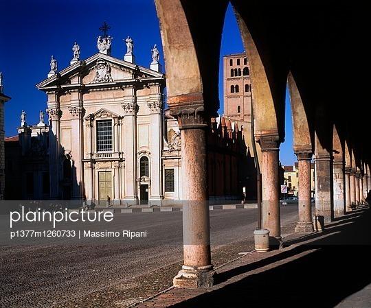 p1377m1260733 von Massimo Ripani