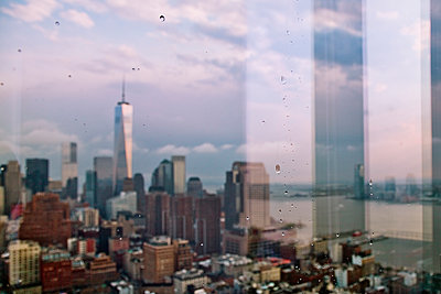 Window view of One World trade Centre and New York, USA - p429m942949 by James Chororos
