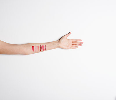 Forearm with shades of red - p1229m1425326 by noa-mar