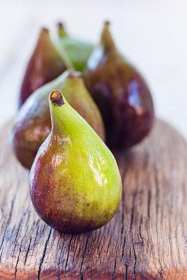 Figs on wood - p300m1505883 by Susan Brooks-Dammann