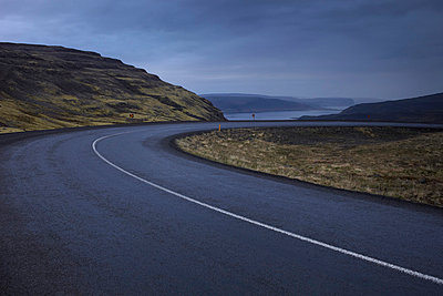 deserted coastal road - p4163271 by Dominik Reipka