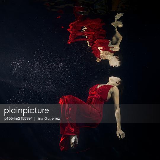 underwater ballet - p1554m2158994 by Tina Gutierrez