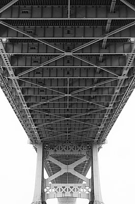 Benjamin Franklin Bridge - p1335m1171616 by Daniel Cullen