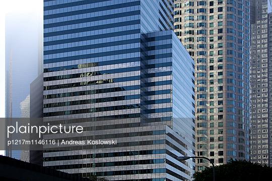 Fassade 14 - p1217m1146116 von Andreas Koslowski