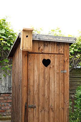 Toilet - p249m1072910 by Ute Mans