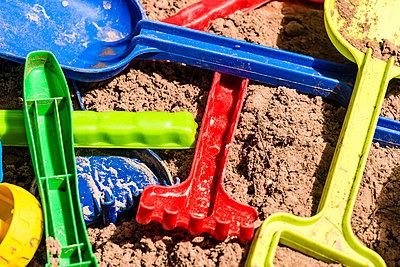 Sandkasten - p488m1057238 von Bias