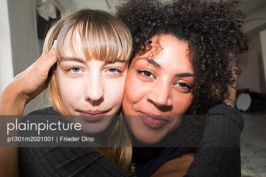p1301m2021001 by Delia Baum