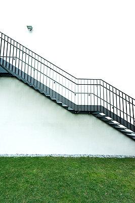 Treppe an Hausaußenseite - p1180m1020548 von chillagano