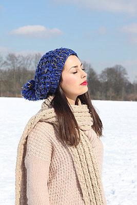 Winter - p045m778702 by Jasmin Sander