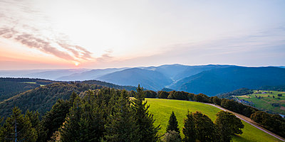 Germany, Baden-Wurttemberg, Black Forest, View from Schauinsland at morning - p300m1550237 by Werner Dieterich