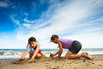 Strandfreuden - p815m1503486 von Erdmenger