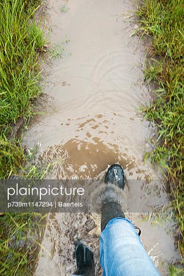 Überschwemmung - p739m1147294 von Baertels