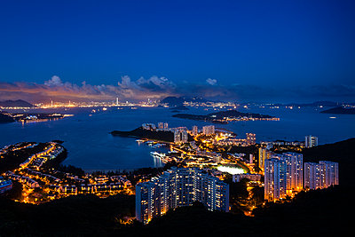 Discovery Bay from Lo Fu Tau Viewing Point - p1558m2132812 by Luca Casonato