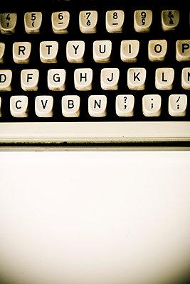 Alte Schreibmaschine - p4450305 von Marie Docher