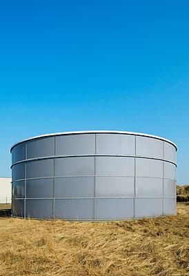 Tank, Antwerpen - p1132m1032474 by Mischa Keijser