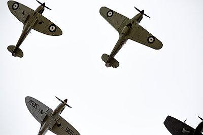 Alte britische Jagdflugzeuge - p1057m1475322 von Stephen Shepherd