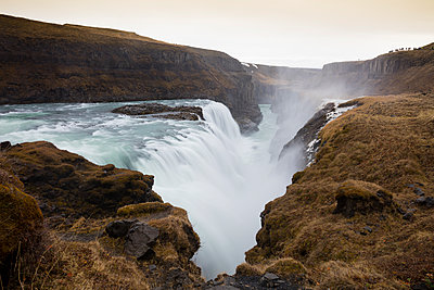 Iceland, Golden Circle, Gullfoss Waterfall - p300m2081527 by Wilfried Wirth