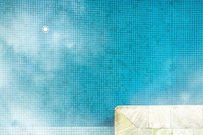 Pool - p1154m2289170 by Tom Hogan