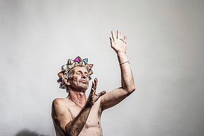Dancing king - p403m933327 by Helge Sauber
