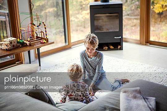 p1166m985208f von Cavan Images