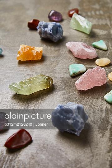 Semi-precious gems - p312m2120240 by Johner