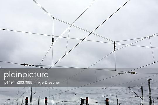 Oberleitungen - p1494m2037985 von Inkje Drescher