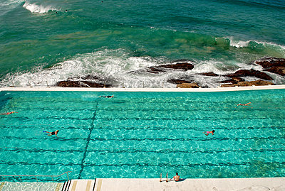 Swimming Pool and Ocean - p1304m1136826 by MY MY