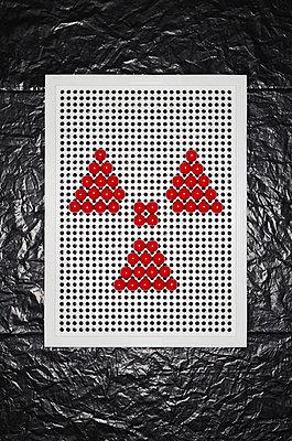 Radioaktivität - p358m1003394 von Frank Muckenheim