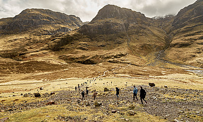 Hikers - p850m2076705 by FRABO