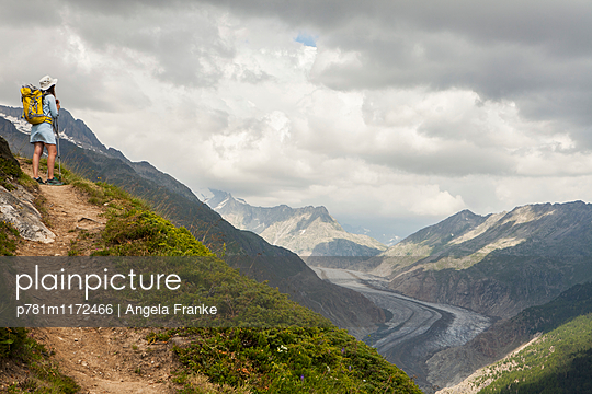 Weitblick - p781m1172466 von Angela Franke