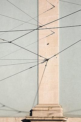 Stahldrähte, Licht und Schatten - p1032m1110675 von Fuercho
