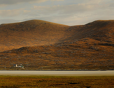 Highlands - p910m2210171 by Philippe Lesprit