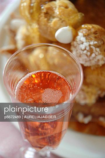 sweet things  - p5672489 by AURELIAJAEGER