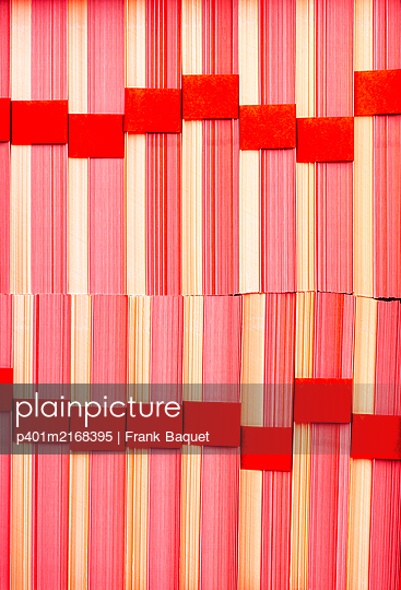 Stack of paper - p401m2168395 by Frank Baquet