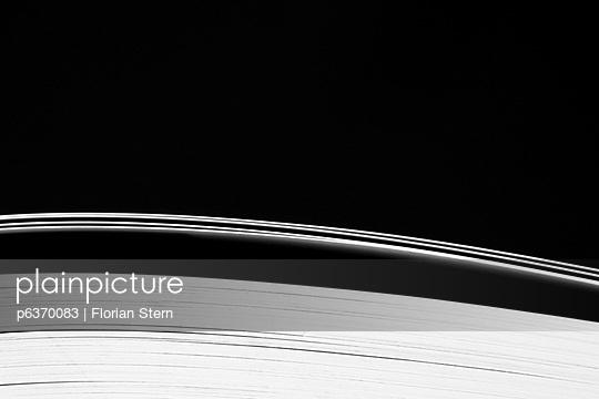 Aufgeschlagenes Buch - p6370083 von Florian Stern